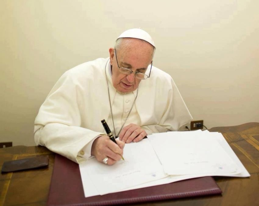 Traditiones Custodes – paus Franciscus en de Tridentijse Mis